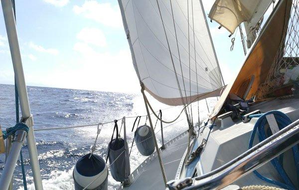 barca-vela-vacanze-navigare